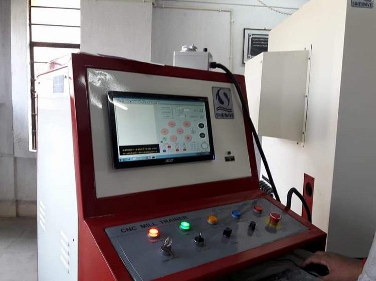CNC Verticle Milling Machine (2)